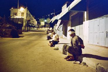 palestinos-aterrorizados-en-la-noche